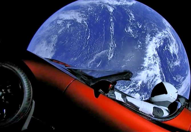 Tesla Roadster orbiting Earth