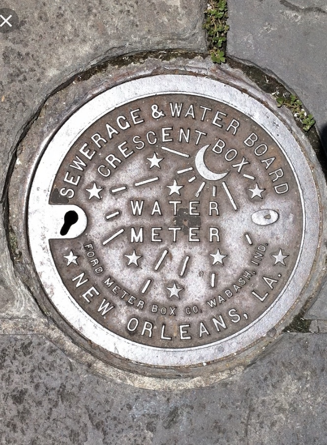 New Orleans manhole cover